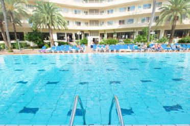 10 de Julio apertura del Hotel Familiar Hotel Jaime I de Salou